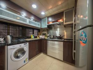W Tsim Sha Tsui station 3bed+2bath Luxury apartment, Ferienwohnungen  Hongkong - big - 3