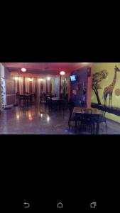 Downtown hotel-restaurant&pub, Hotely  Anuradhapura - big - 14