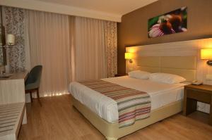 Side Prenses Resort Hotel & Spa, Hotels  Side - big - 14