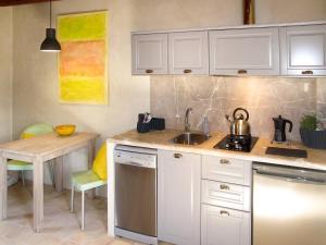 Can Pina 136S, Apartments  Costitx - big - 14