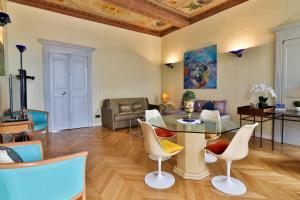 Palais Hongran de Fiana, Apartments  Nice - big - 34