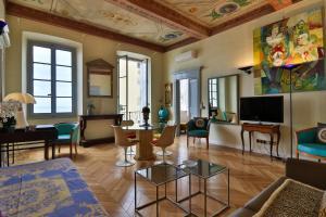 Palais Hongran de Fiana, Apartments  Nice - big - 35
