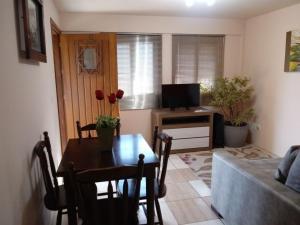Apartamento próximo ao Centro de Gramado - Charmoso, Апартаменты  Грамаду - big - 51