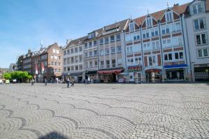 Tolstov-Hotels Old Town Apartment, Apartmanok  Düsseldorf - big - 90