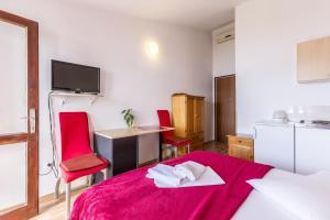 Studio Stanici 3064c, Apartments  Omiš - big - 3