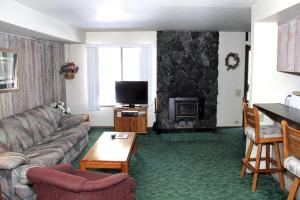Sunshine Village Mammoth Lakes Condo #173 Condo, Апартаменты  Маммот-Лейкс - big - 1