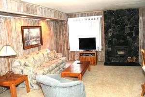 Sunshine Village Mammoth Lakes Condo #157 Condo, Apartmány  Mammoth Lakes - big - 1