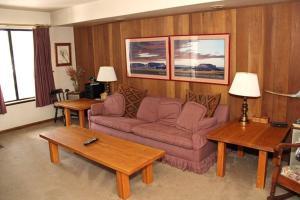 Sunshine Village Mammoth Lakes Condo #103 Condo, Apartmány  Mammoth Lakes - big - 4
