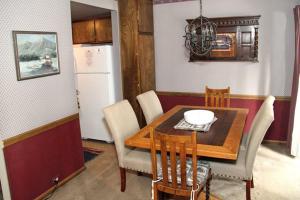 Sunshine Village Mammoth Lakes Condo #103 Condo, Apartmány  Mammoth Lakes - big - 7
