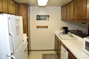 Sunshine Village Mammoth Lakes Condo #173 Condo, Апартаменты  Маммот-Лейкс - big - 2