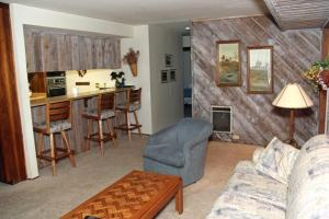 Sunshine Village Mammoth Lakes Condo #157 Condo, Apartmány  Mammoth Lakes - big - 5