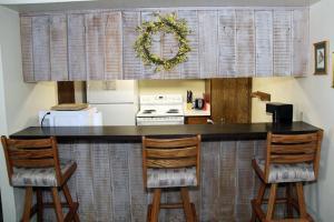Sunshine Village Mammoth Lakes Condo #173 Condo, Апартаменты  Маммот-Лейкс - big - 13