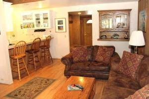 Sunshine Village Mammoth Lakes Condo #132 Condo, Apartments  Mammoth Lakes - big - 9