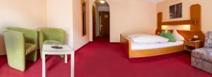 Hotel Simmerlwirt, Szállodák  Niederau - big - 3