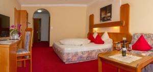 Hotel Simmerlwirt, Szállodák  Niederau - big - 5