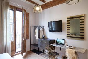 AinB Gothic-Jaume I Apartments, Апартаменты  Барселона - big - 18