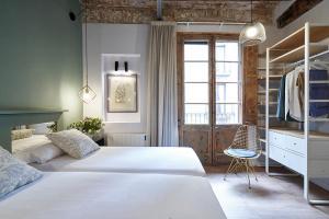 AinB Gothic-Jaume I Apartments, Апартаменты  Барселона - big - 52