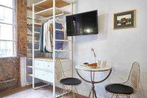 AinB Gothic-Jaume I Apartments, Апартаменты  Барселона - big - 51