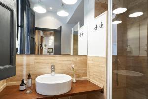AinB Gothic-Jaume I Apartments, Апартаменты  Барселона - big - 55