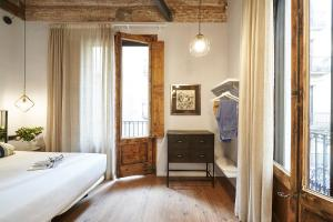 AinB Gothic-Jaume I Apartments, Апартаменты  Барселона - big - 61