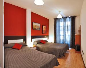Apartamentos Sol Deluxe Madrid, Apartmány  Madrid - big - 1