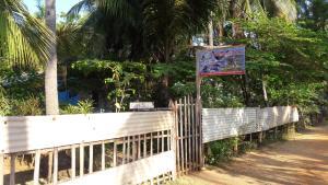 Nilaveli Beach Rooms, Bed & Breakfast  Nilaveli - big - 44