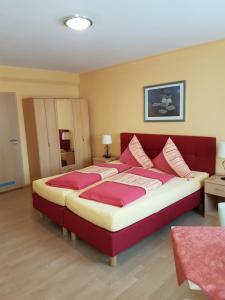 Altstadt Hotel Peiß, Hotely  Stralsund - big - 3