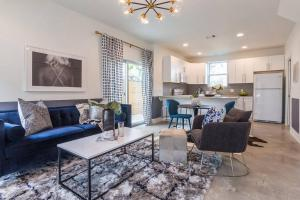 East Side 2 BR Bungalow by Domio, Holiday homes  Austin - big - 1