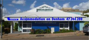 Accommodation on Denham, Motels  Townsville - big - 1