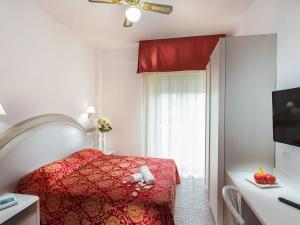 Hotel Caravelle, Отели  Чезенатико - big - 24