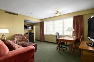 Premium King Suite with Bath Tub - Disability Access - Non-Smoking