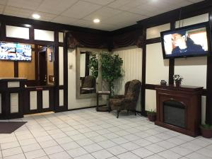 Travelodge Whitecourt, Hotely  Whitecourt - big - 53
