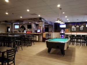 Travelodge by Wyndham Whitecourt, Hotels  Whitecourt - big - 29