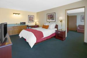 Days Inn Davenport, Hotel  Eldridge - big - 43