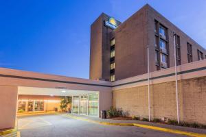 Days Hotel & Conference Center by Wyndham Danville, Hotel  Danville - big - 36