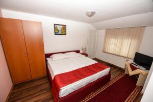 B&B Pansion Otoka, Bed & Breakfast  Sarajevo - big - 9