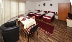 B&B Pansion Otoka, Bed & Breakfast  Sarajevo - big - 17