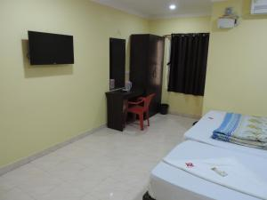 KR Accommodation, Inns  Chennai - big - 8