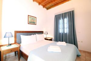Villa Oceania, Aparthotels  Tourlos - big - 11