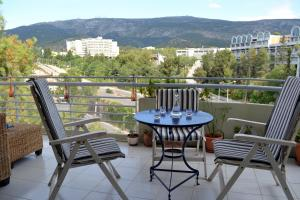 Bright apt, amazing view!, Apartments  Athens - big - 1