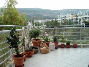 Bright apt, amazing view!, Apartments  Athens - big - 32