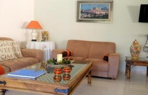 Bright apt, amazing view!, Apartments  Athens - big - 34