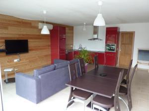 Villa Les Roses Noires, Case vacanze  Singleyrac - big - 5