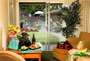 Habitación Cuádruple con bañera, adaptada para personas de movilidad reducida - No fumadores