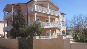 Apartment Novigrad 15227a