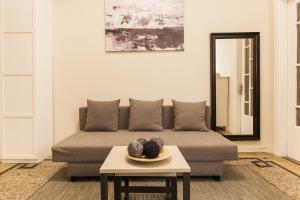 Constantine apartments, Apartments  Athens - big - 23