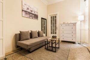 Constantine apartments, Apartments  Athens - big - 21