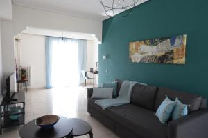 Joyful Turquoise Apt in Athens Historic Centre, Apartmanok  Athén - big - 7