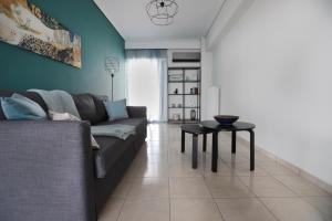Joyful Turquoise Apt in Athens Historic Centre, Apartmanok  Athén - big - 14