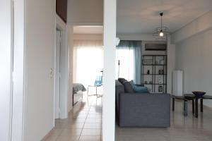 Joyful Turquoise Apt in Athens Historic Centre, Apartmanok  Athén - big - 27